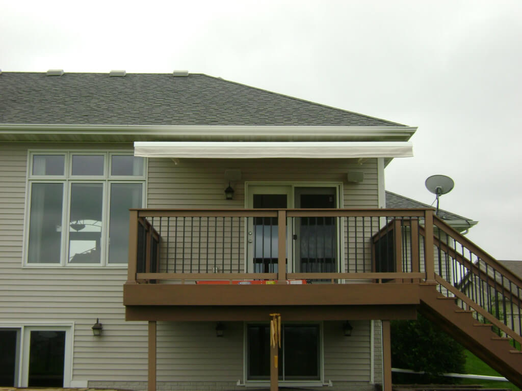 Deck Shade Retractable Awning