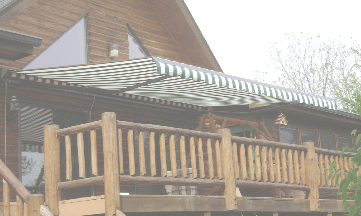 Retractable Awnings Dealer in Iowa & Florida